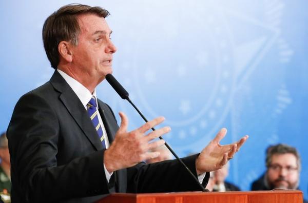 Bolsonaro deve desembarcar em Sinop para inaugurar obra de pavimentação da BR-163