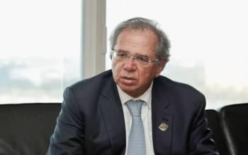 Guedes apoia redução de vereadores e fim de piso para saúde e educação