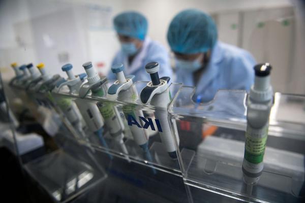 Fim do Coronavírus! 4 vacinas podem começar a ser produzidas e colocar um fim na pandemia; Saiba quando