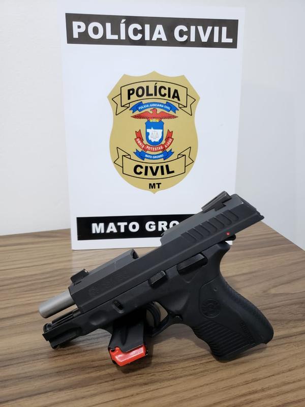 Polícia Civil apreende arma de fogo de suspeito de ameaçar garis