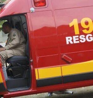 Menina de 1 ano se afoga em piscina da casa da avó e é salva por bombeiros