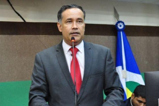 Secretário de Governo da Capital é intubado por complicações da covid