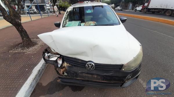 Carro de concessionária e Corsa se chocam em Sorriso; sem feridos