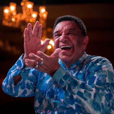 Agnaldo Timóteo tem piora e está em estado crítico na UTI