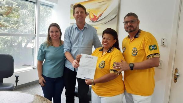Governadora do Lions Distrito LB4 recebe título de hóspede oficial do município