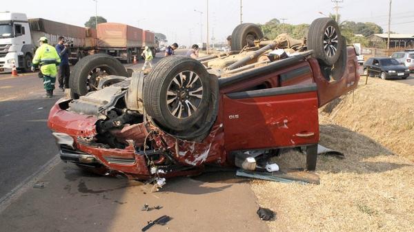 Veículo com placa de Sorriso se envolve em acidente em Sinop